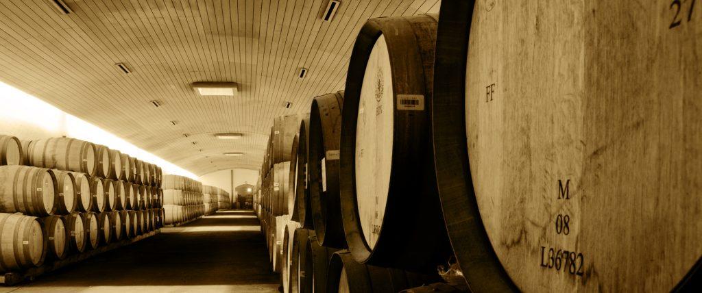Weinkeller mit Württemberger Wein